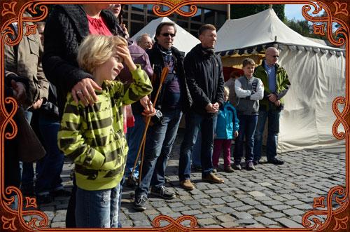 http://www.denke-magisch.de/wp-content/uploads/2015/11/Publikum2.jpg